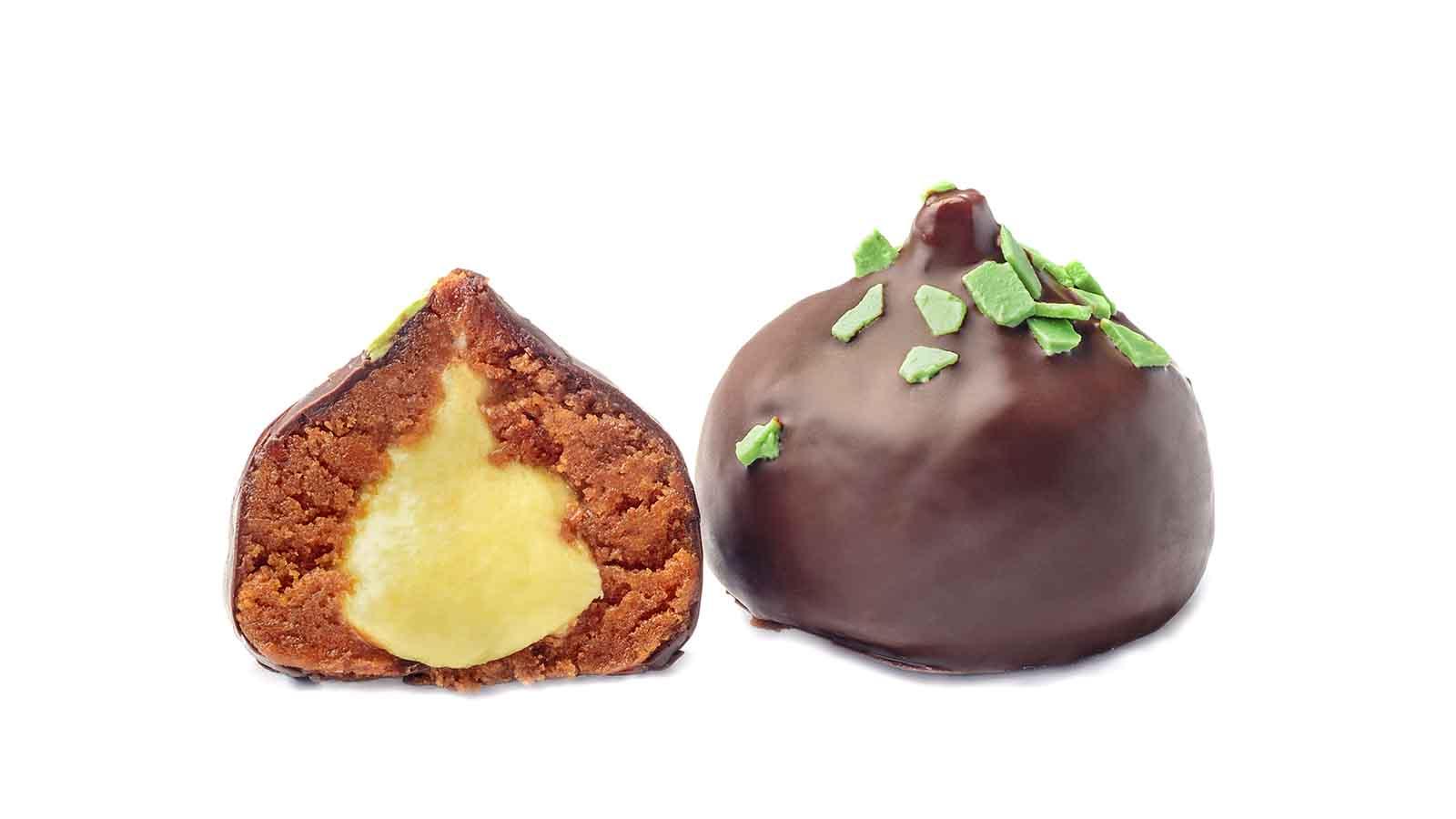 Honey dessert with pistachio filling
