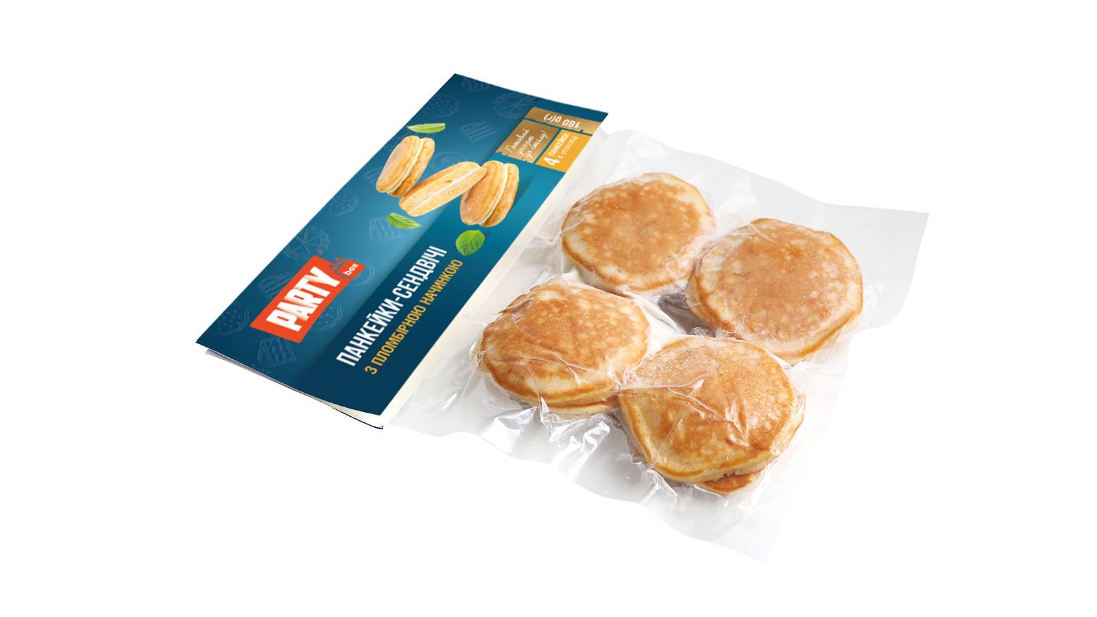 Панкейки-сендвічі з пломбірною начинкою